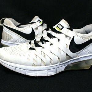 Nike Mens Sz 10 Fingertrap Max TB White Black Shoe